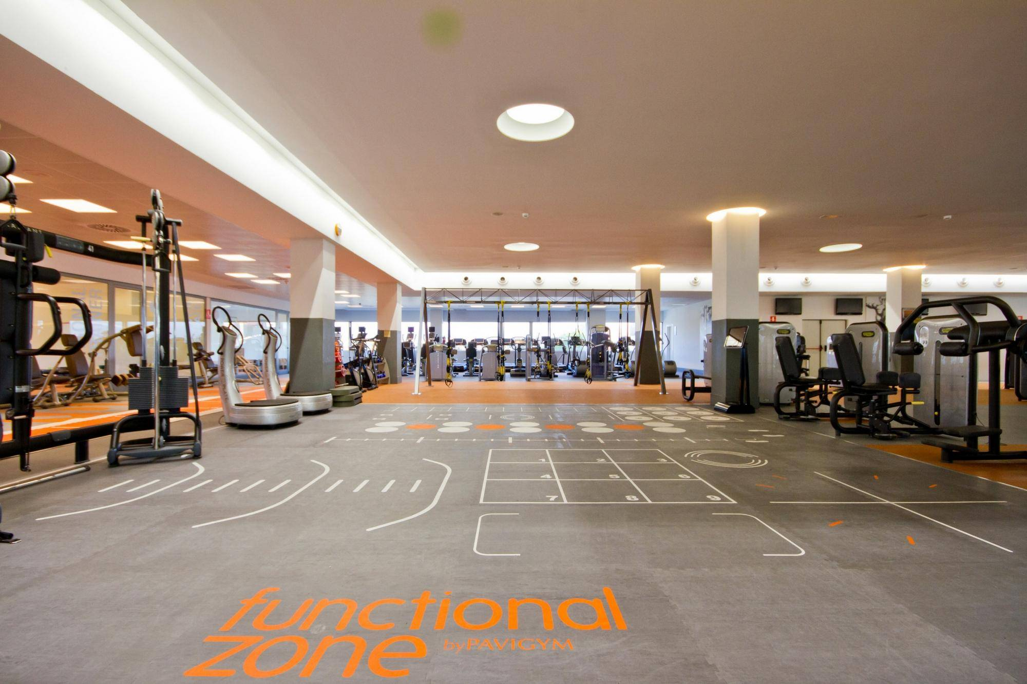 instalaciones_3_sala-de-fitness